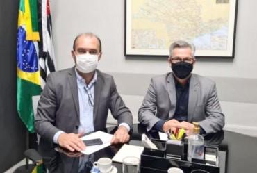 Prefeito Isnar participa de reunião com assessoria do vice-governador Rodrigo Garcia em São Paulo