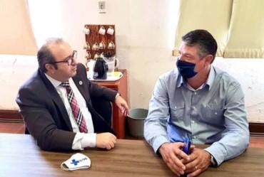 Prefeito de Timburi participa de reunião com superintendente do Ministério da Saúde