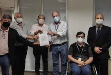 Prefeito Edinho se encontra com diretores da CDHU em São Paulo