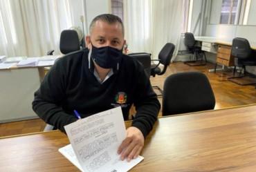 Prefeitura firma convênio para reforma do Ginásio de Esporte