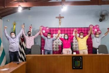 Ana Luiza Gobbo e Junior Liute compõem base da oposição