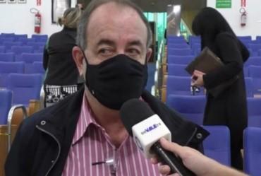 """Secretário diz que oposição armou """"circo"""" em votação"""