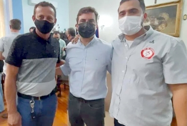 Vice-prefeito Sérgio se encontra com o deputado estadual Vinícius Camarinha
