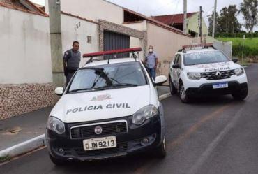 POLÍCIA PRENDE CASAL COM 10 QUILOS DE MACONHA EM FARTURA