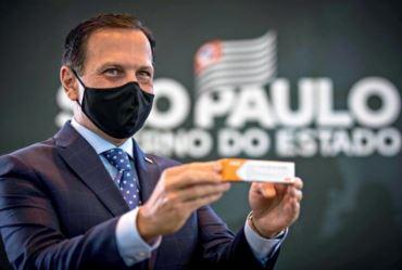 Governo de SP inicia vacinação contra o coronavírus no interior